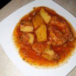 Piept de Curcan cu Cartofi in Sos  Rosu de Usturoi a la Magliano  (Reteta Mamei Flori)