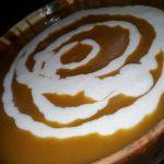 Supa de Craciun cu Dovleac Placintar,  Cartof Dulce si Sos de Branza Albastra  (Reteta Nigella Lawson)