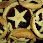 Star-Topped Mince Pies (Nigella Lawson's Recipe)