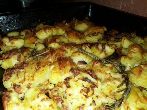 How to prepare oven roasted potatoes, roasted potato recipes, roasted potatoes recipes, how to bake potatoes, baked potato recipe, baked potato in oven, baked potatoes