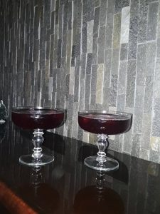 Cherrytini Cocktail Holidays Recipe - How to prepare a Cherrytini Cocktail Holidays using cherry cherry liqueur and lemon juice